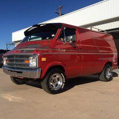 Custom 70's Dodge StreetVan