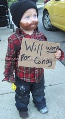 This is a cute and easy DIY costume for kids/teens/adults.