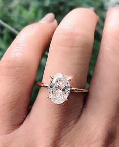 100 The most beautiful engagement rings you'll want to own - unique engagement ring Diamonds are definitely going to last forever. An engagement ring is a very important ring as it signifies the start of your journey towards. Cute Engagement Rings, Oval Solitaire Engagement Ring, Most Beautiful Engagement Rings, Estilo Jennifer Aniston, Big Wedding Rings, Dream Wedding, Halo, Love Is In The Air, Dream Ring
