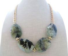 Collana con prehnite verde, girocollo con pietre dure, gioielli fatti a mano