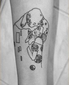 "Geometric Minimal Version of Gustav Klimt's Painting ""The Kiss"" (tattoo)"