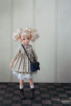 Twitter / A_line_doll: ブログ更新...ちいさいお人形とおはなしの森。テーマは宮沢賢 ...