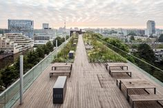 Rooftop garden maximizes its panoramic views with near-invisible railings made by Q-railing http://www.archello.com/en/project/de-boel-apartment-building