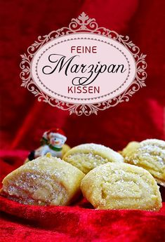 Fine marzipan pillows – The recipe. A great Christmas cookies! Delicate shortcrust pastry is spread with sweet marzipan paste, folded, sliced and baked golden yellow in the oven. Category: Cookies with marzipan # Marzipan cookies Pastry Dough Recipe, Pastry Recipes, Cookie Recipes, Almond Paste, Shortcrust Pastry, Cookies Et Biscuits, Christmas Cookies, Christmas Pillow, Easy Meals