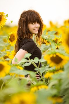 senior girl photography posing ideas #photography
