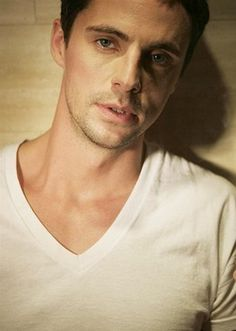 Matthew Goode everybody!