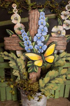 METAL CROSS WITH BUTTERFLY – House On The Corner Home Decor