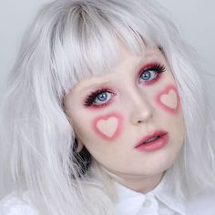 @ebbsmakeup wearing our #IconicLashes ✨Heart eyes for sure! #heartmakeup #pinklover #houseoflashes #lashes #lashgamestrong #lashfocus #crueltyfree