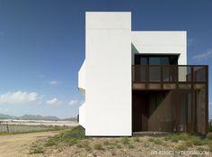 xpiral: windsurfer house in puntas de calnegre