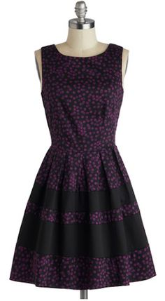 #purple dot dress http://rstyle.me/n/effmjr9te