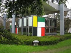 Le Corbusier house in zurich by fastfoodforthought, via Flickr