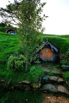 hobbiton | Hobbit House [or..The Garden Gnome Lives Here!]