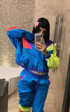 Swag Outfits, Fashion Outfits, Love Aesthetics, Dark Wallpaper, Gorillaz, Vera Bradley Backpack, Pin Collection, Kylie Jenner, Sportswear