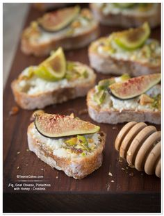 Fig, Goat Cheese, Pistachios with Honey - Crostinis | TeenieCakes.com @Cristina · Teenie Cakes