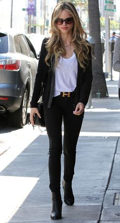 Halston Sage wearing hermes belt