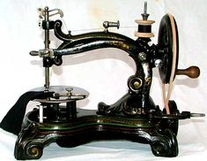 WILLIAM TAYLOR SEWING MACHINE, SEWALOT (Taylor sewing machine)