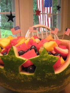 We Made A Fun Little Watermelon Centerpiece For The Of July- Here's How 4th Of July Watermelon, Watermelon Bowl, Watermelon Carving, Carved Watermelon, Watermelon Centerpiece, Edible Centerpieces, Summer Recipes, Healthy Dinner Recipes, Holiday Recipes