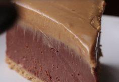 Suklaa-maapähkinävoi-juustokakku,+jota+ei+tarvitse+paistaa+uunissa+–+mitä+muuta+herkuttelija+enää+tarvitsee?