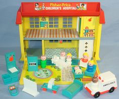 1976 Fisher Price Toys Play Family Childrens Hospital Set #931 XRay Ambulance Little People