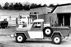 """Willys-Overland """"Jeep"""" Pickup: 1947-1965"""