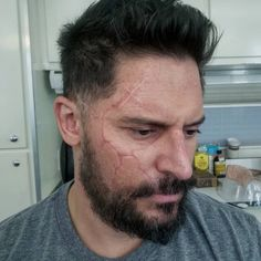 Here are a few pics of a scar prosthetic we created on @joemanganiello for Rampage. Joe was an incredible actor to work with, super…