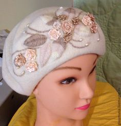 Купить Берет - разноцветный, цвет по желанию, любой цвет, теплый берет, легкий головной убор Pillbox Hat, Beret, Diy Keychain, Head Accessories, Cloche Hat, Ribbon Work, Knit Or Crochet, Ribbon Embroidery, Caps Hats