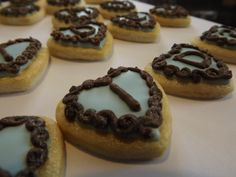 Letter Cookies with Gold Glitter #Log_House_Cookies, #cookies, #royal_icing, #Letters, #Gold