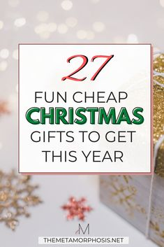 These cheap christmas gifts are perfect OMG!! Now I can definitely get everyone a christmas gift on a budget! Definitely worth checking out these christmas gift ideas! #christmas #giftideas #giftguide Christmas Gifts To Make, Christmas Gifts For Boyfriend, Boyfriend Gifts, Stocking Stuffers For Girls, College Graduation Gifts, Money Savers, Best Friend Birthday, Cheap Gifts, Sentimental Gifts