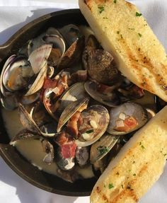 steamed clams bacon garlic ps cream forwards tonight s special steamed ...
