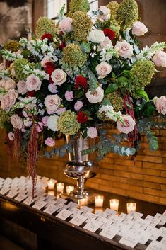 A romantic candlelit escort card table display. Photo: @rosemarygreenphotography Wedding Flower Decorations, Wedding Flowers, Wedding Reception Tables, Reception Ideas, Church Ceremony, Mod Wedding, Romantic Weddings, Wedding Photography, Boutonnieres