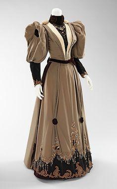 Robe de soirée 1893