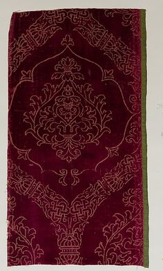 Fragment Date: early 16th century Culture: Italian Medium: Silk Dimensions: Overall: 19 x 10 3/8 in. (48.3 x 26.4 cm) Classification: Textiles-Velvets Credit Line: Gift of Nanette B. Kelekian, in honor of Olga Raggio, 2002 Accession Number: 2002.494.629