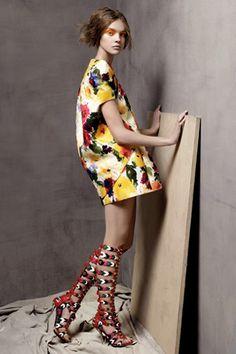 Balenciaga dress with high-heeled sandals.