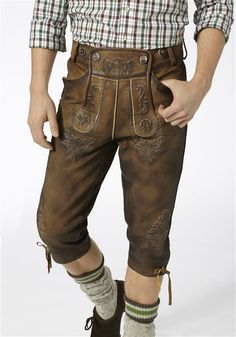 Lederhosen, Jung In, Herren Outfit, Berg, Cool Stuff, Diorama, Pants, Outfits, Fashion