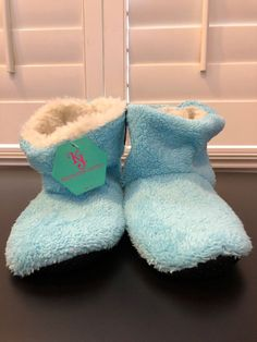 25bfae5bc19 New Kenneth Jones plush fuzzy soft sherpa boot slippers One Size Fit   fashion  clothing