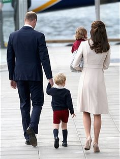 Prince William, Duke of Cambridge, Prince George of Cambridge, Catherine, Duchess of Cambridge and Princess Charlotte wave as they leave from Victoria Harbour to board a sea-plane on the final day of their Royal Tour of Canada on October 1, 2016 in Victoria, Canada. The Royal couple along with their Children Prince George of Cambridge and Princess Charlotte are visiting Canada as part of an eight day visit to the country taking in areas such as Bella Bella, Whitehorse and Kelowna