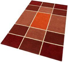 Teppich »Maurice«. Klare Optik mit dem großflächigen Karomuster vermittelt zugleich angenehme Ruhe und Lebendigkeit.Die Farben sind harmonisch aufeinander abgestimmt. Fein herausgearbeitete Konturen runden das Design ansprechend ab. Handgetuftet in Indien. Weicher,dichter Flor in schwerer Qualität. Reine Schurwolle. Gesamthöhe ca. 8mm. Gesamtgewicht ca. 3,8kg/m².   Details:  Karo-Teppich, Eco-E...