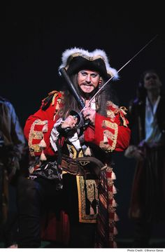 """Anthony Warlow at the Pirate King in """"Pirates of Penzance"""" -- channeling Jack Sparrow and other famous movie pirates."""