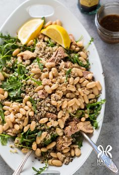 This protein-packed salad is a twist on that classic Italian combo of tuna and cannellini beans — and it comes together in almost no time, for a complete Phase 1 lunch-in-a-bowl.
