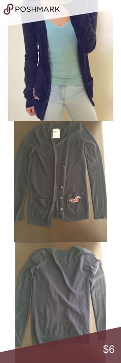Hollister Navy Sweater Cardigan very comfortable / buttons come halfway down / has pilling, good condition otherwise / offers welcome Hollister Sweaters Cardigans