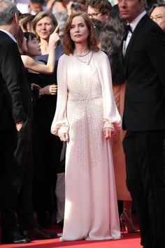 Cannes 2017 - Isabelle Huppert in Chloé - Day 5 (montée des marches Claire's Camera)