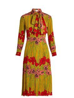 Gucci Floral-print Silk Crepe De Chine Dress In Yellow & Orange Gucci Floral, Silk Midi Dress, Floral Midi Dress, Floral Dresses, Midi Dresses, Dress Red, Poppy Dress, Crepe Dress, Pleated Skirt