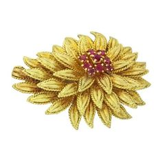 Pre-owned Tiffany & Co. 18K Yellow Gold .60ctw Ruby Flower Pin Brooch (£985) ❤ liked on Polyvore featuring jewelry, brooches, 18k gold jewelry, gold brooch, 18k gold jewellery, tiffany co jewellery and gold jewellery