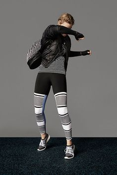 アディダス バイ ステラ・マッカートニー 16年秋冬コレクション - 躍動感溢れるフラワープリント | ニュース - ファッションプレス