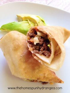 Enjoy a great meal in a jiffy when you make these thrifty and simple taco eggrolls. In less than 30 minutes you can have tasty eggrolls even kids will love.
