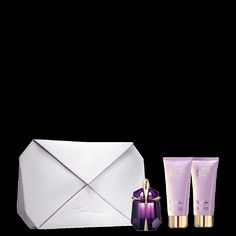 ALIEN Seduction Gift Set - Experience the extraordinary seduction of this ALIEN collection. Included in this vibrant set are the 1 fl. oz. Eau de Parfum Refillable Spray, 3.5 oz. net wt. Radiant Body Lotion as well as 3.5 fl. oz.  Radiant Shower Gel and a Signature Couture Clutch. The results will be luminous!