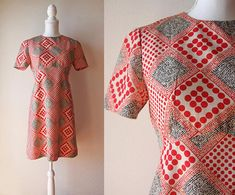 Japanese Vintage Dress / Vintage 1960's Dress / Soie Robe Red Polka Dotted Short Sleeve Mini Dress