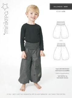 Eenvoudige en leuke klassieke broek voor zowel jongens en meisjes. Perfecte pasvorm en veel ruimte om in te bewegen. Verander het uiterlijk door het veranderen van de stof