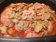 Osso-bucco au four en cocotte ultra pro - decconstruction Tupperware Recipes, Ultrapro Tupperware, Casserole Pan, Jambalaya, Flan, Paella, Pasta Salad, Sausage, Pork
