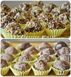 Bocconcini deliziosi, uno tira l'altro...finiranno in fretta credetemi!! ^__^ ingredienti per 39 tartufini: 260 gr di biscotti secc...